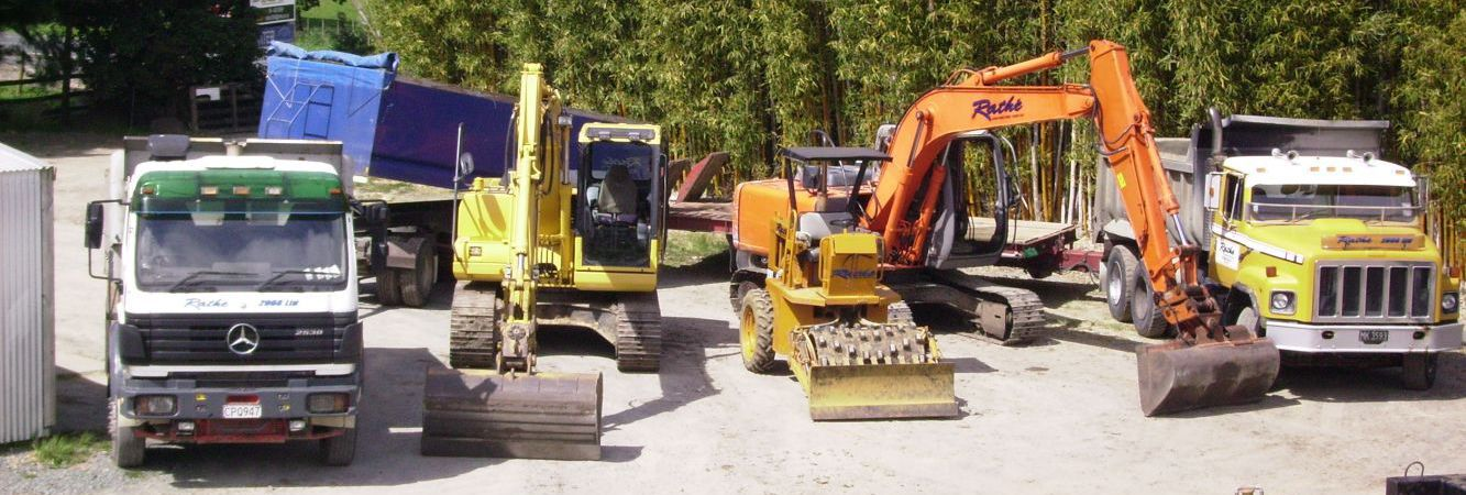 Earthmoving machines in Albany