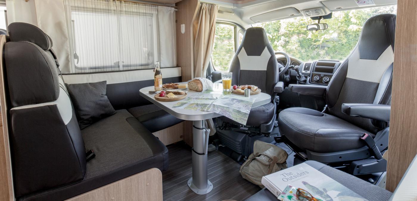 4 Berth Motorhome Rental Ireland - Dining