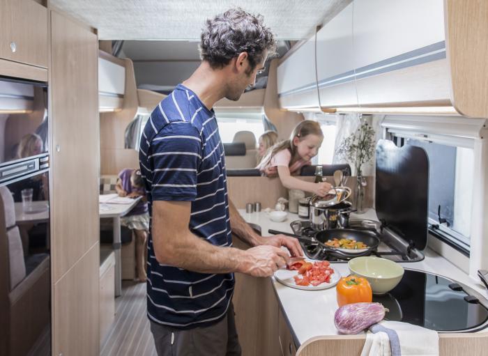 6 Berth Motorhome Rental Ireland - Cooking