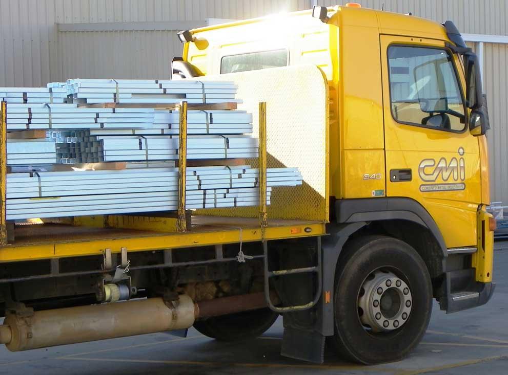 Steel supplier delivering order in Western Australia