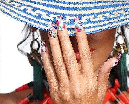 decorazioni unghie CND Shellac Istituto di bellezza Recco
