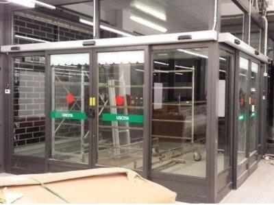 Riparazione serramenti automatici torino radar for Sbarre per porte
