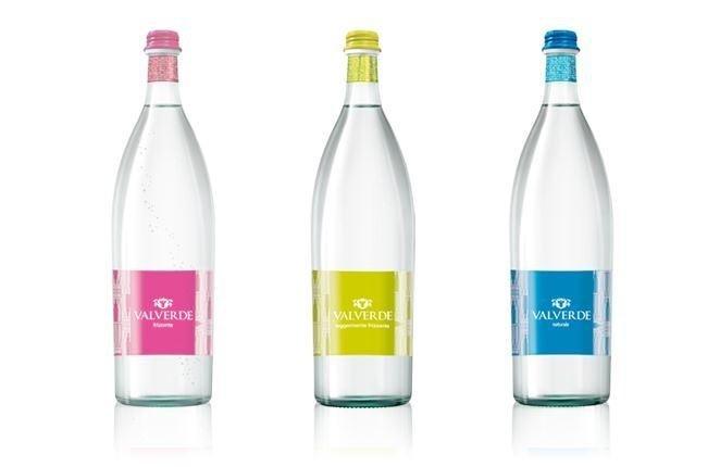 tre bottiglie d'acqua Valverde