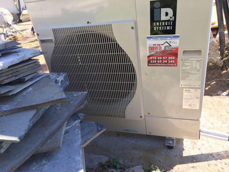 Installazione linee frigo per una pompa di calore splittata a supporto di un installatore non abilitato F-Gas