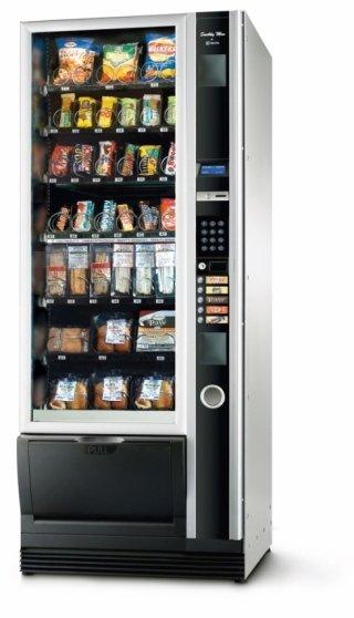 Distributore automatico di snack e bevande udine