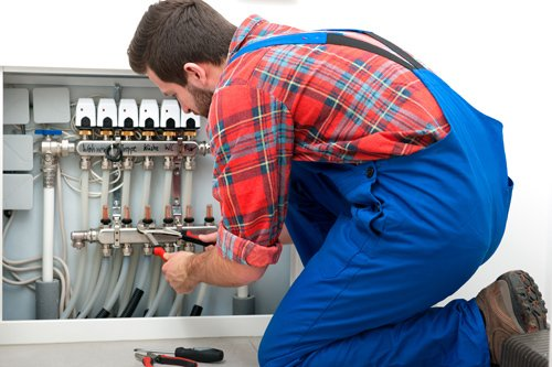 Trusted electrician providing repair service to stay connected in Napier