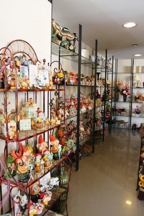 esposizione di fiori per la vendita