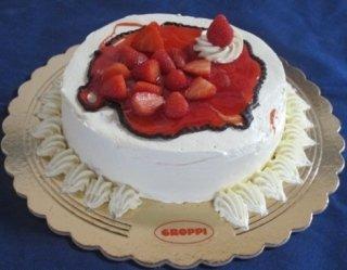 torta con glassa di fragole