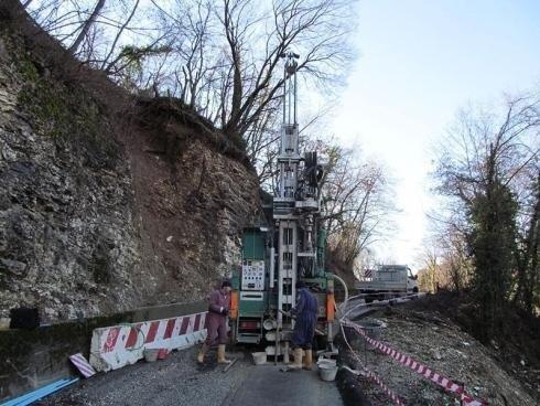 macchinario per controllo geologico