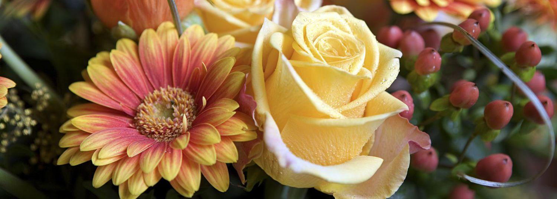flower bouquets in Dawsonville, GA
