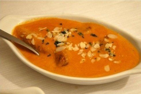 i piatti tipici della speziata cucina indiana li trovate da Lungo Leno