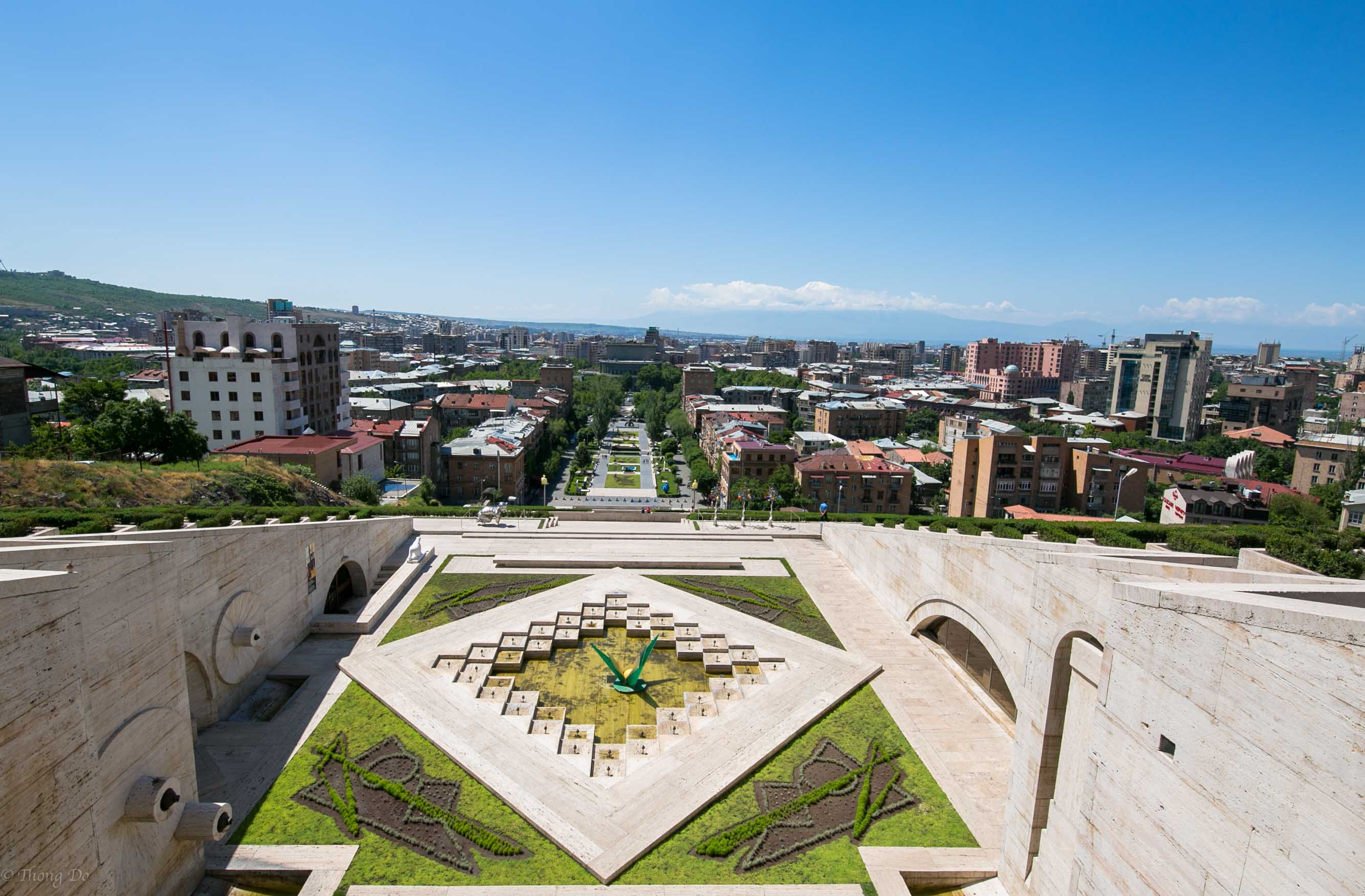 If you manage to make your way to the very top the first thing you'll  notice is an enormous monument and a bird's eye view of Yerevan.