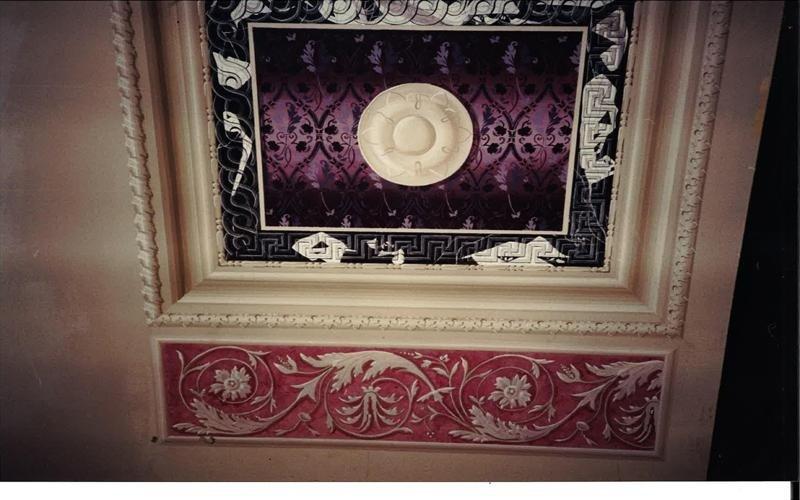 Realizzazione decorazioni per soffitto bologna