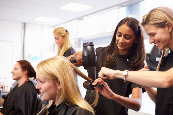 Обучение парикмахеров: какие тонкости есть в программе