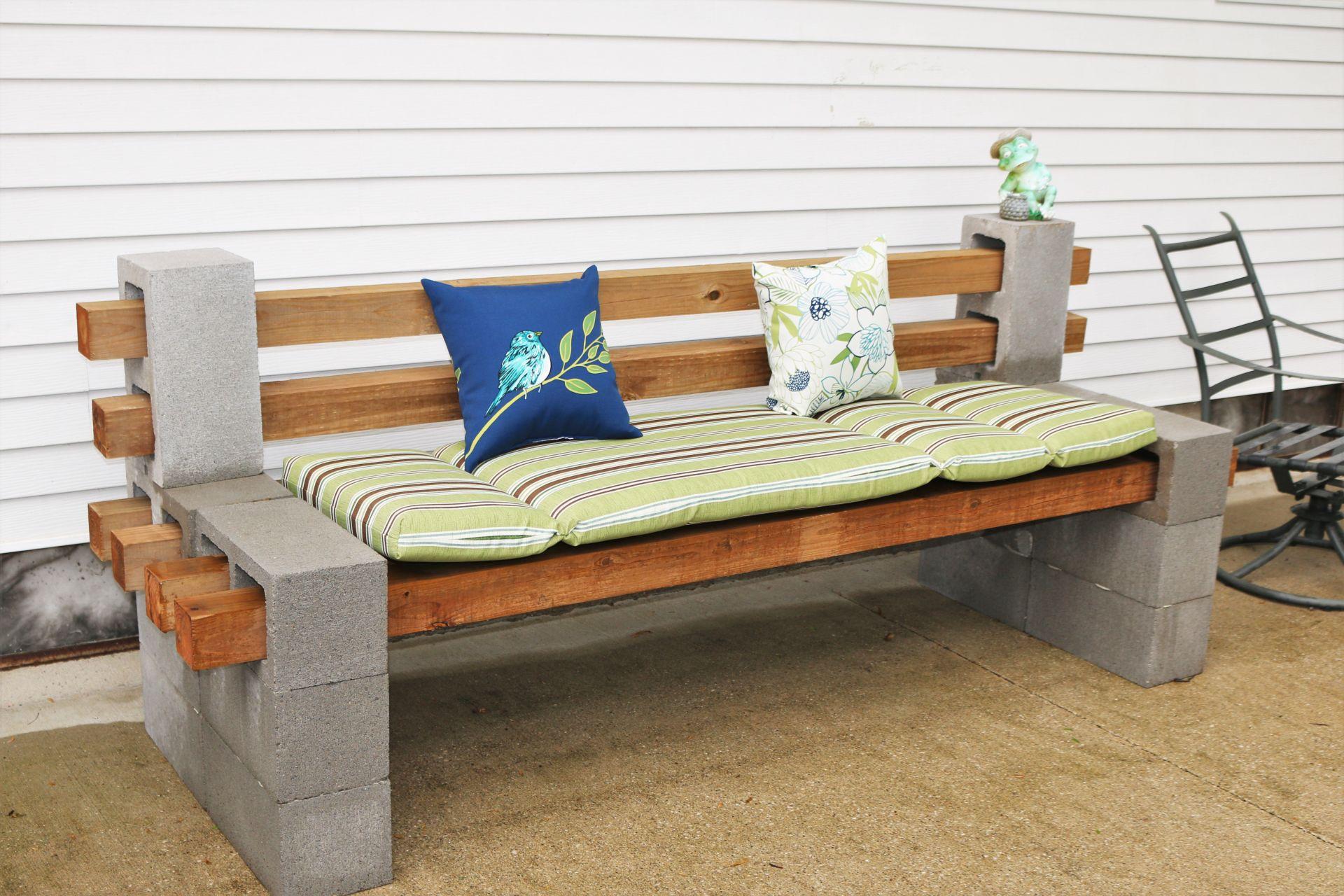 DIY CINDER BLOCK BENCH IS YOUR NEXT WEEKEND PROJECT