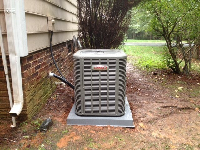 AC repair on outdoor unti in Concord, NC