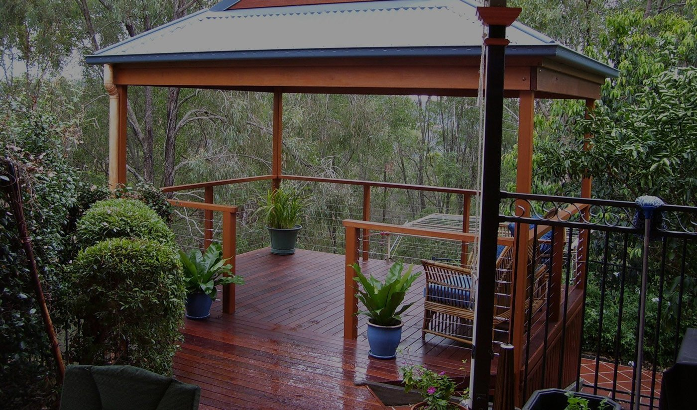 DECKS AND PERGOLAS - Deck Builders Gold Coast - Timber Decking - Builder Deck - Gold
