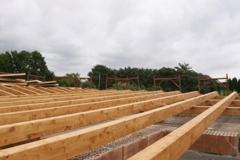 tetto con travi legno