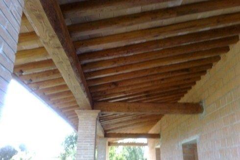 porticato legno castagno