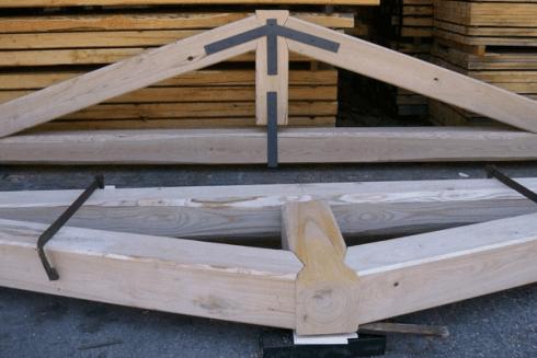Capriate legno vetralla agostini legnami for Capriate in ferro