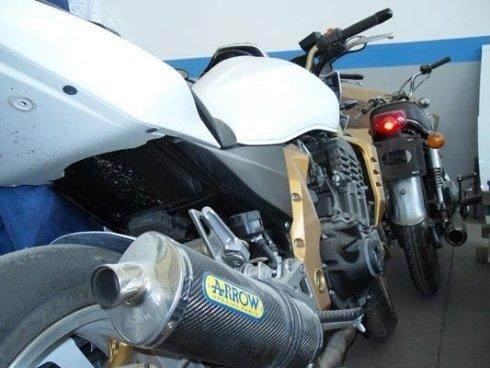 Officina riparazione moto e scooter