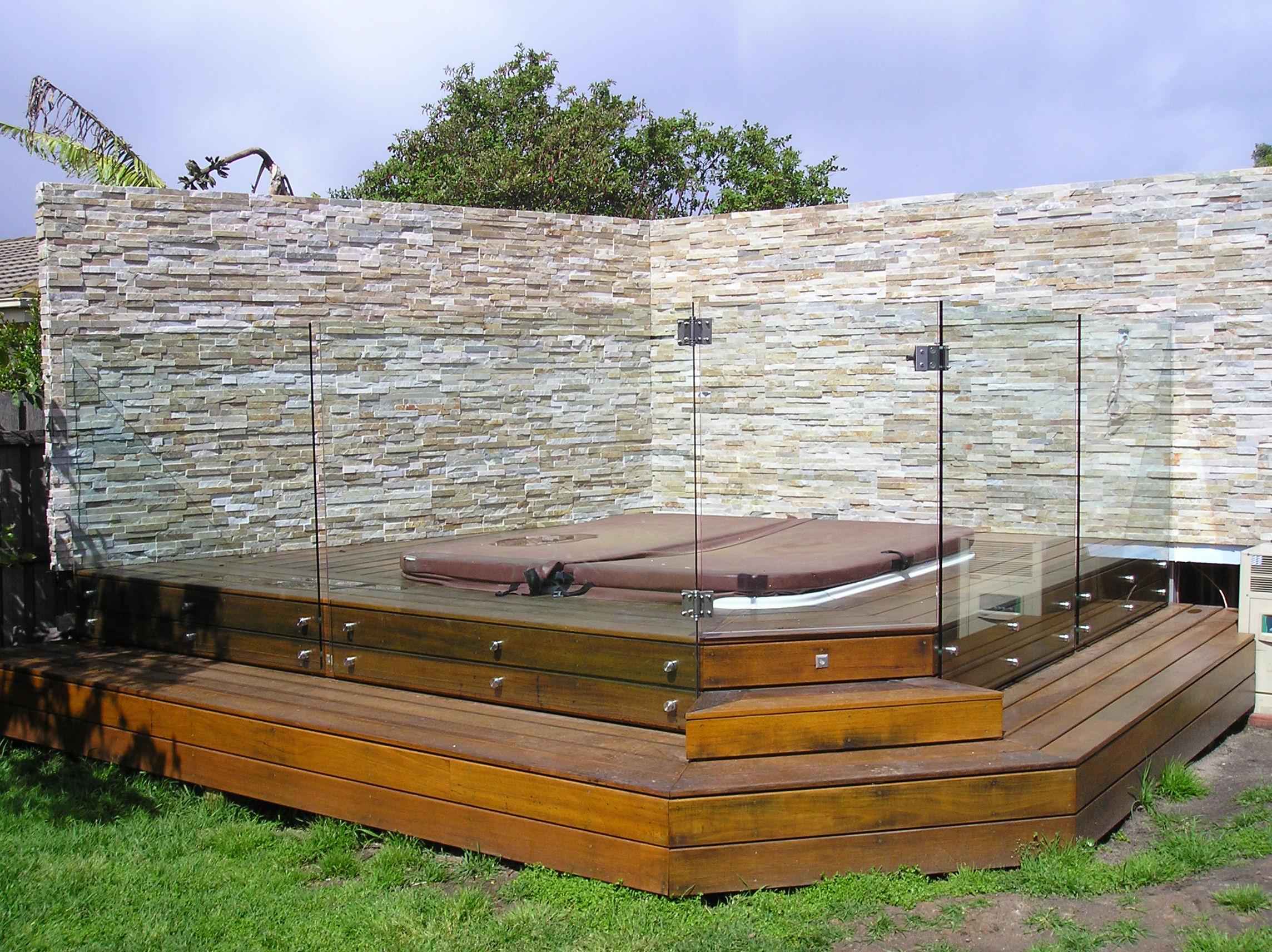 glass spa fences