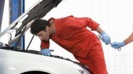 servizi auto, verniciatura auto, cambio pneumatici