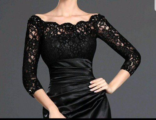 splendido  corpetto di abito nero in pizzo