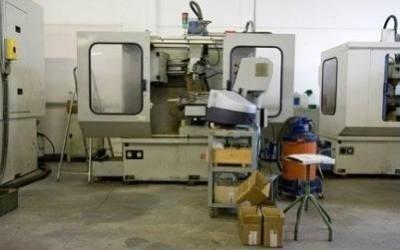 macchine per lavorazione metalli CNC