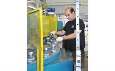 lavorazioni metalli con macchinari R.G.F. srl