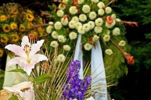 servizi floreali, cuscinetti di fiori