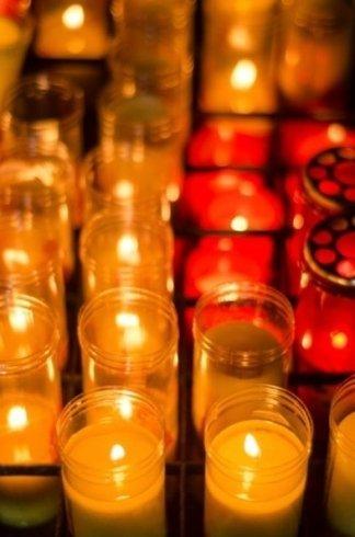 addobbi funebri, oggetti sacri, urne