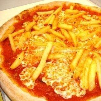 PIZZA CON PATATINE FRITTE - AGRIGENTO