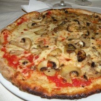 PIZZA AI FUNGHI FRESCHI - AGRIGENTO