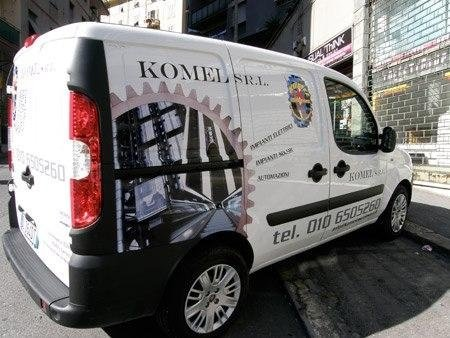 furgone Komel