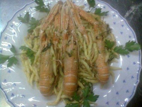 Primi di pesce con crostacei freschi