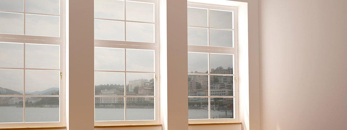 empty-room-three-windows