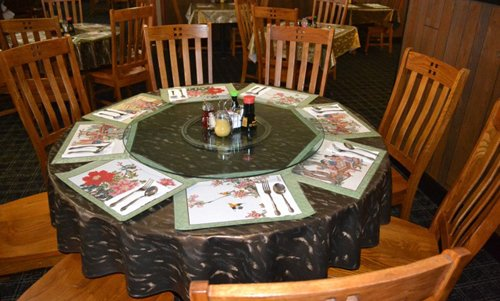 Beautiful seating arrangement in Asian restaurant in Tomah, MO