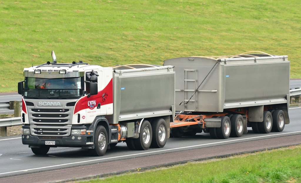 The Right Resources For all the Haulage, Cartage & Earthworks in the Greater Northland Area