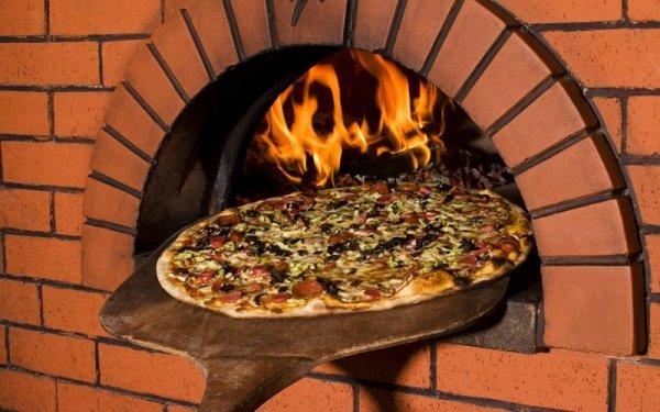 pizze forno a legna