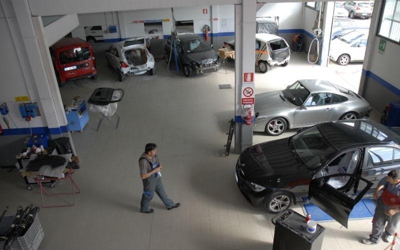 Servizi di riparazione autoveicoli