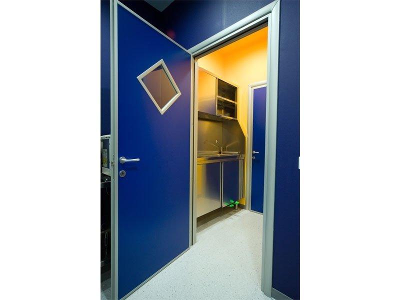 Arredamento per studi medici in acciaio inox prato for Arredamento per studio medico