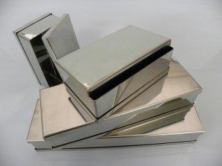 vassoi e contenitori in acciaio