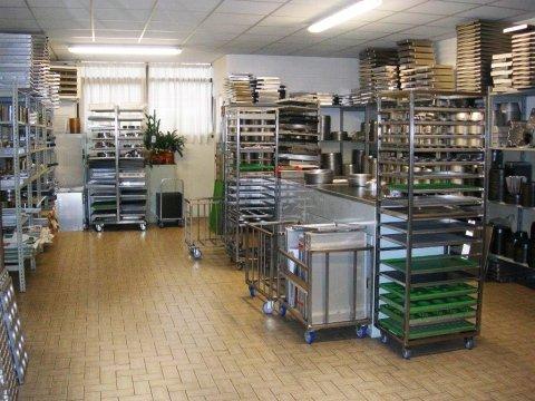 Sala esposizione teglie, stampi e forme cottura