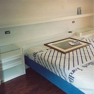 mobili da camera in legna