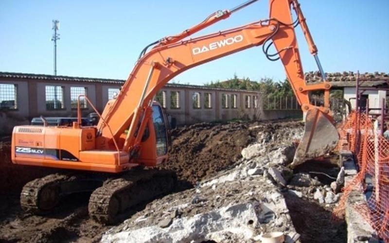 Macchine per demolizioni controllate