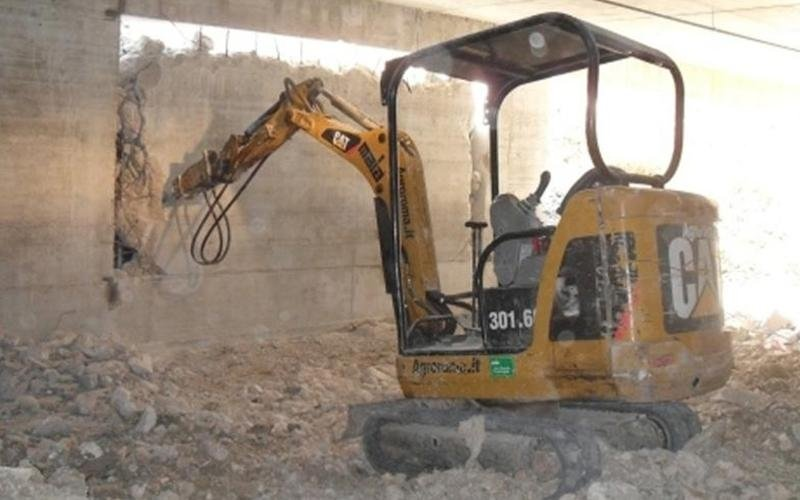 Macchine per demolizione edifici
