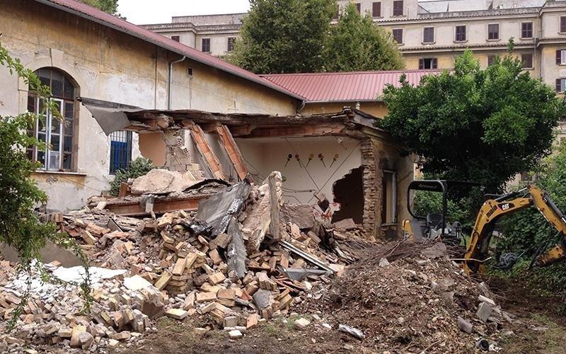Demolizioni con perforazione in cantiere