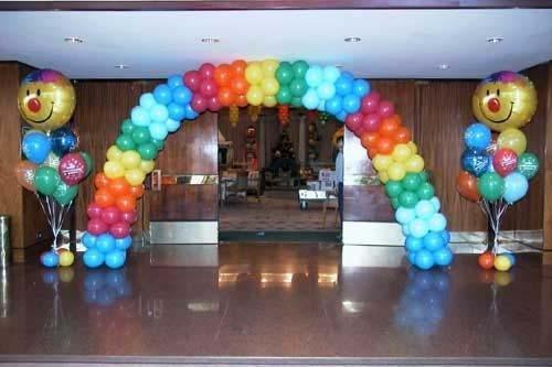 arco con palloncini compleanno
