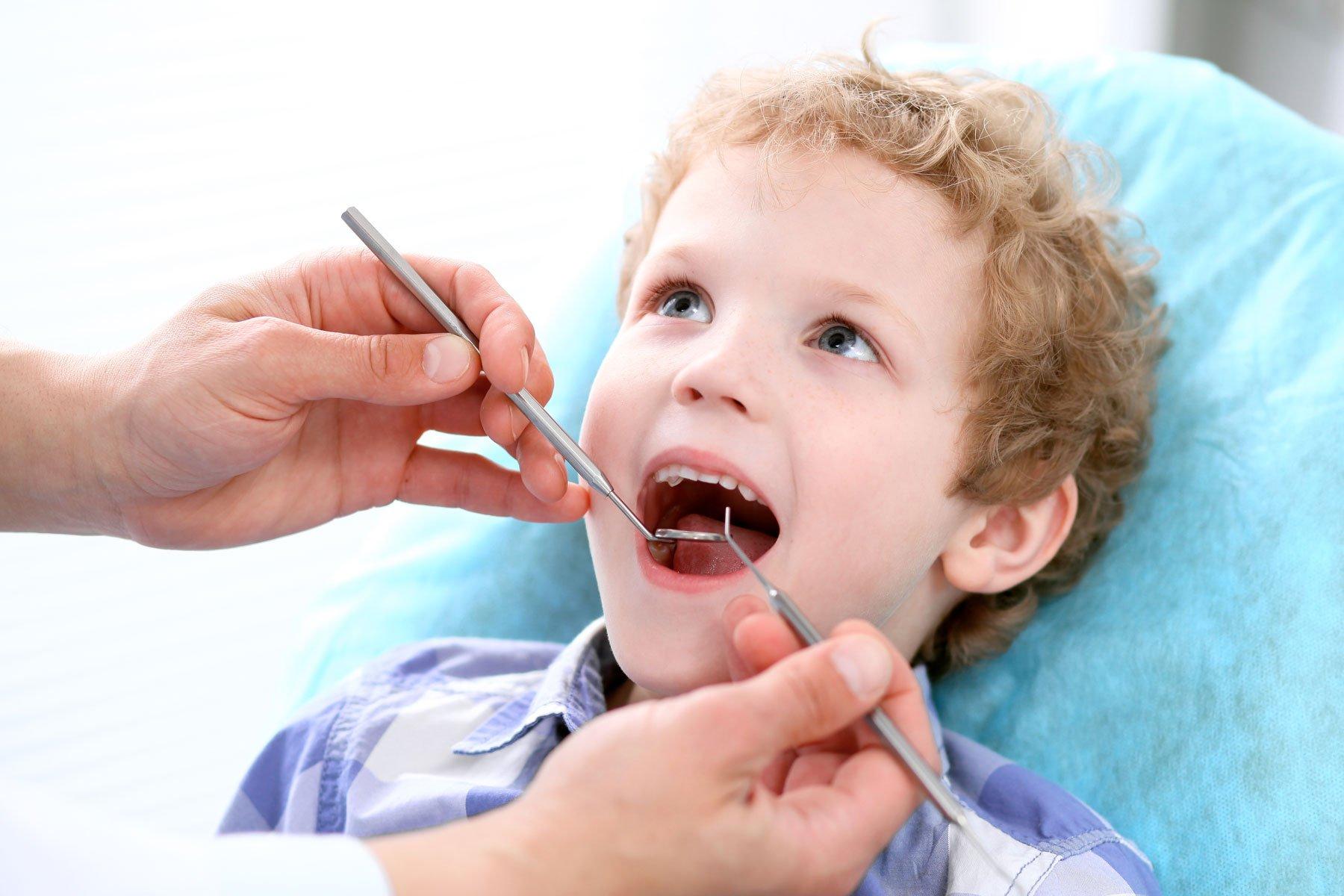 Prevenzione dentale per bambini presso Odontotraona a Traona (SO)